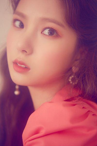 Choi Yujin - CLC (CrystaL Clear)
