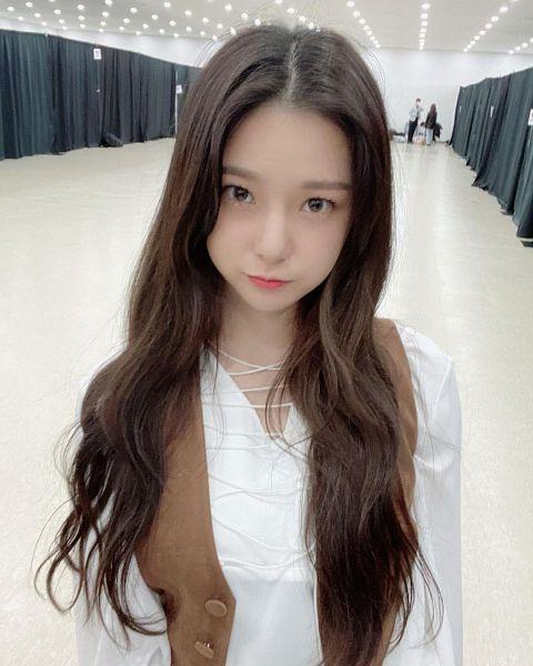Tags: K-Pop, CLC (CrystaL Clear), Choi Yujin