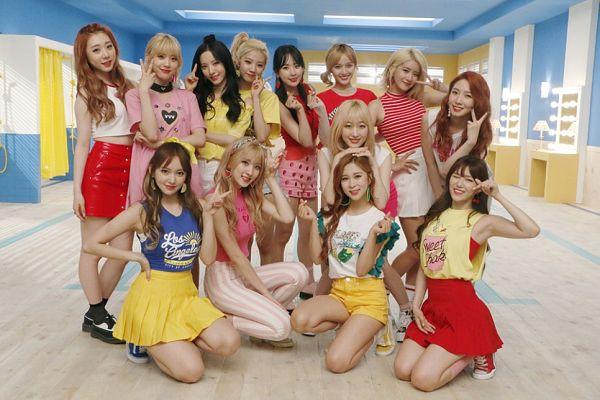 Tags: K-Pop, Cosmic Girls, Meng Meiqi, SeolA, Cheng Xiao, Lee Luda, Yeoreum (Cosmic Girls), Bona, Nam Dawon, Eunseo, EXY, Wu Xuanyi