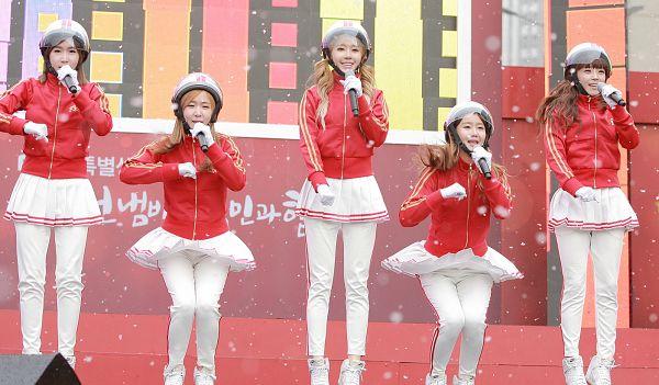 Tags: K-Pop, Strawberry Milk, Crayon Pop, Way, Ellin, Geummi, Soyul, Choa