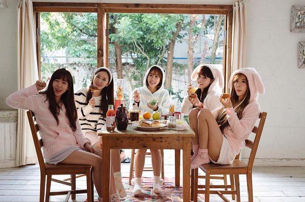 Tags: K-Pop, Crayon Pop, Strawberry Milk, Geummi, Soyul, Choa, Way, Ellin