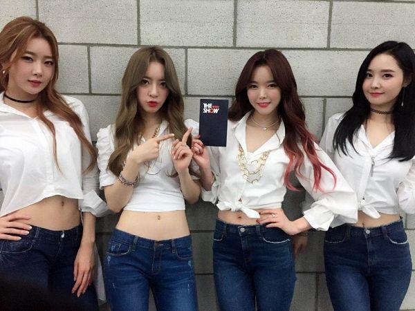Tags: Television Show, Happyface Entertainment, K-Pop, Dal Shabet, Bae Woo-hee, Park Subin, Ah Young, Serri, Backstage, Full Group, Quartet, Four Girls