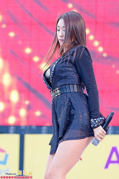 Tags: Sistar, Dasom Kim, Black Skirt, Microphone, Skirt, Black Outfit