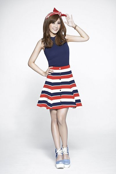 Tags: C-Pop, Popu Lady, Different When With You, Dayuan, Bracelet, Hairband, Striped Skirt, Blue Shirt, Sleeveless, Hand On Hip