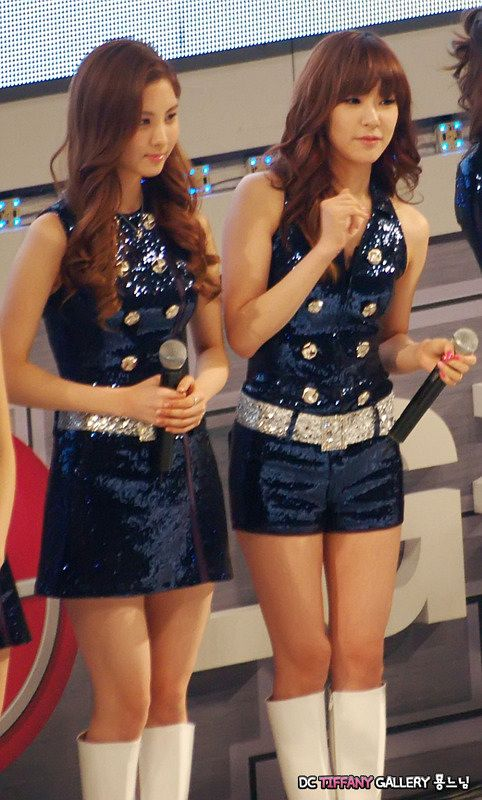 Dc Tiffany Gallery - Stephanie Young Hwang