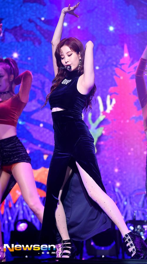 Tags: K-Pop, Don't Say No, Seohyun, Skirt, Eyes Closed, Looking Down, Armpit, Arms Up, Midriff, Covering Mouth, Wavy Hair, Black Shirt