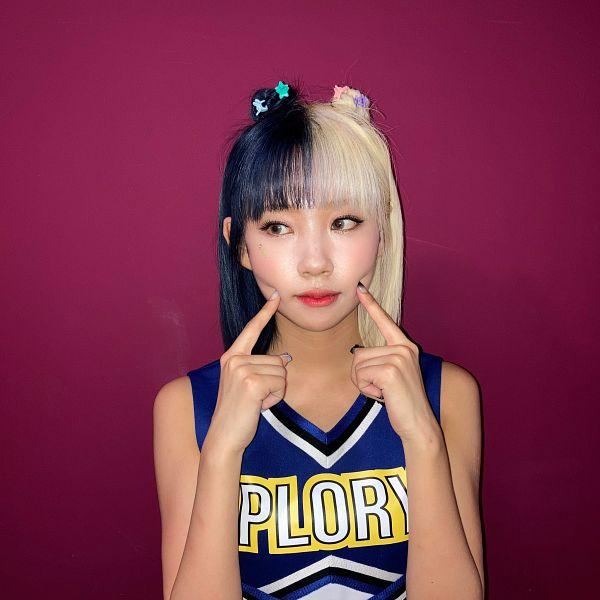 Tags: K-Pop, PURPLE K!SS, Dosie