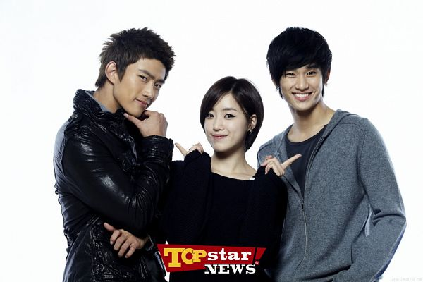 Tags: K-Drama, K-Pop, T-ara, 2PM, Ok Taecyeon, Kim Soo-hyun, Ham Eunjung, Trio, Dream High