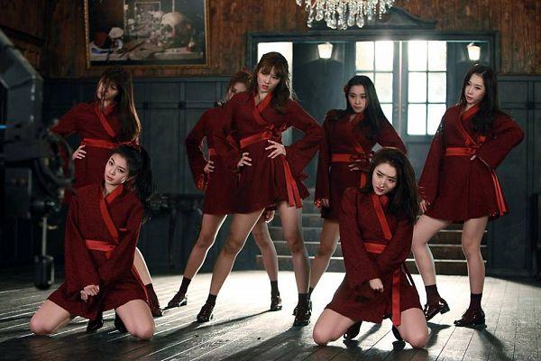 Tags: K-Pop, Dreamcatcher, Kim Yoohyeon, Lee Siyeon, Sua, Jiu, Lee Gahyeon, Dami (Dreamcatcher), Handong, Red Outfit, Red Dress, Dancing