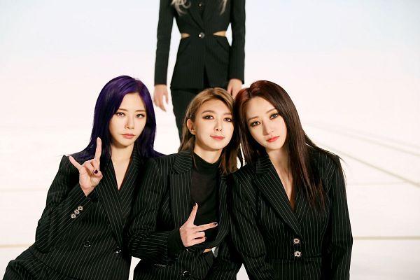 Tags: K-Pop, Dreamcatcher, SuA, Dami, Jiu