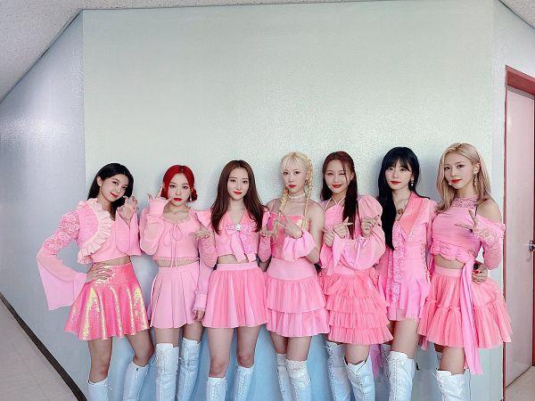 Tags: K-Pop, Dreamcatcher, SuA, Jiu, Lee Gahyeon, Dami, Handong, Kim Yoohyeon, Lee Siyeon