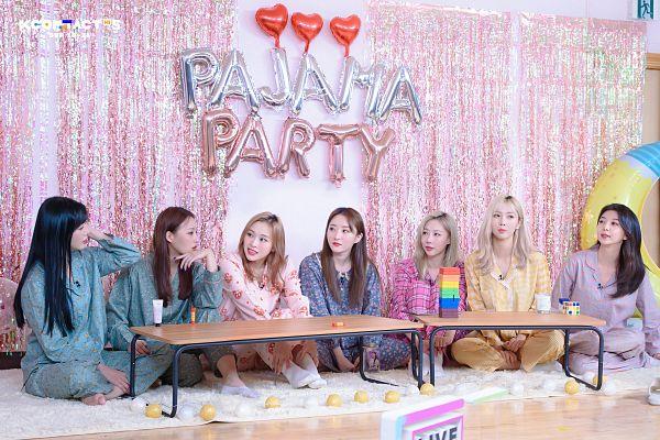 Tags: K-Pop, Dreamcatcher, Jiu, Lee Gahyeon, Dami, Handong, Kim Yoohyeon, Lee Siyeon, SuA, Kcon