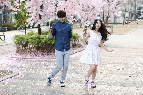 Tags: K-Pop, IU, Song Jae-rim, White Outfit, White Dress, Duo, Sbenu, Wallpaper