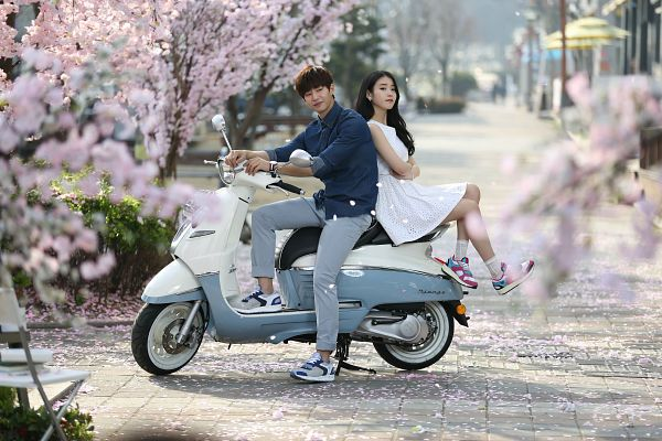 Tags: K-Pop, Song Jae-rim, IU, Duo, Motorcycle, Sbenu, Wallpaper