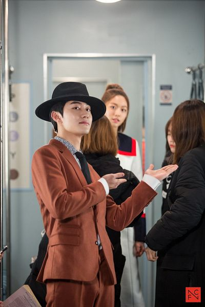 Tags: K-Pop, K-Drama, AOA (Ace Of Angels), Kwak Dong-yeon, Kim Seolhyun, Jacket, Orange Outerwear, Short Hair, Duo, Hat, Train, Tie
