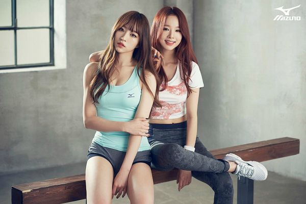 Tags: K-Pop, EXID, Heo Solji, Hani, Black Pants, Two Girls, Shoes, Duo, Sneakers, Bench, Red Hair, Sitting On Bench