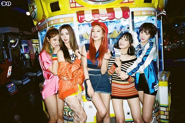 Tags: K-Pop, EXID, Le, Hani, Park Junghwa, Five Girls, Quintet, Group, Full Group, Street (Album)