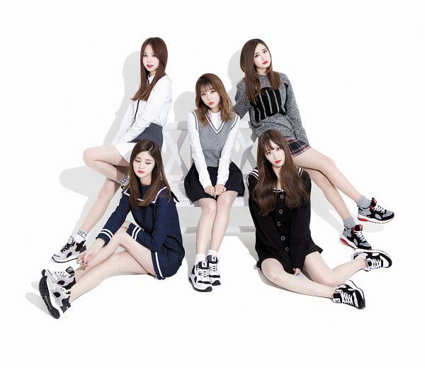 Tags: K-Pop, EXID, Le, Park Junghwa, Hani, Seo Hyerin, Heo Solji, Wavy Hair, Full Group, Sitting On Bench, White Background, Five Girls