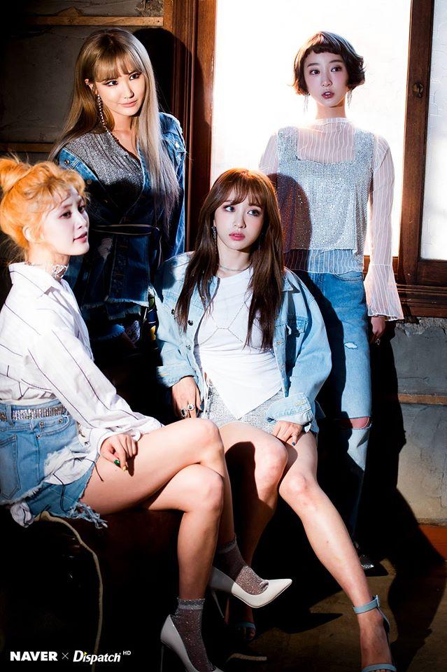 Tags: K-Pop, EXID, Seo Hyerin, Le, Hani, Park Junghwa, Blunt Bangs, Quartet, Denim Jacket, Four Girls, Dispatch