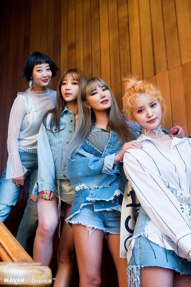 Tags: K-Pop, EXID, Le, Hani, Park Junghwa, Seo Hyerin, Blunt Bangs, Quartet, Denim Jacket, Four Girls, Dispatch
