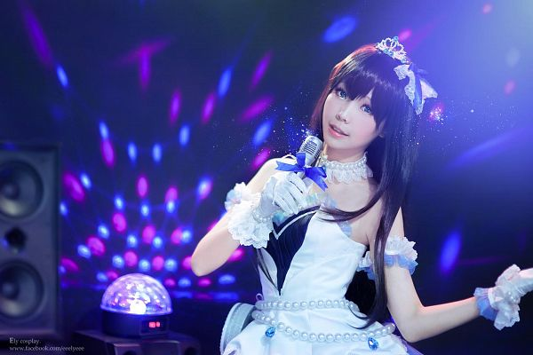 Tags: Ely, Crown, Blue Eyes, White Gloves, Bare Shoulders, White Outfit, Bow, White Dress, Choker, Tiara, Blue Bow, Wallpaper