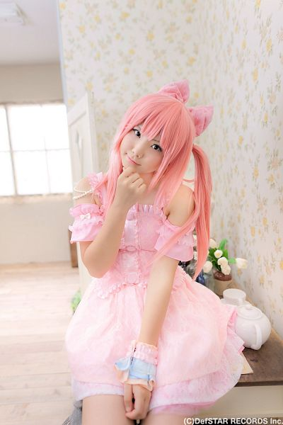 Tags: DefSTAR RECORDS, J-Pop, Panache, Kirameki Miraizu, Enako, Hair Bow, Blunt Bangs, Pink Outfit, Twin Tails, Hair Ornament, Text: Company Name, Pink Dress