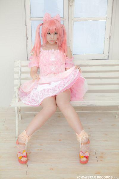 Tags: DefSTAR RECORDS, J-Pop, Panache, Kirameki Miraizu, Enako, Bench, Blunt Bangs, Hair Ornament, Pink Dress, Hair Bow, Full Body, Sitting On Bench