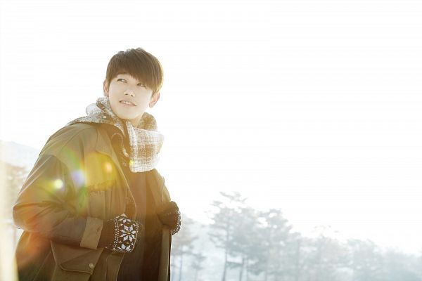 Tags: K-Pop, Eric Nam, Snow, Light Background, Gloves, Scarf, White Background, Looking Away, Coat, Cloud 9, Blunt Bangs, Wallpaper