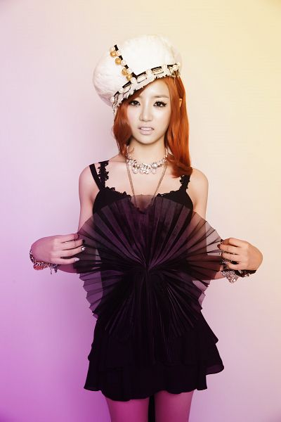 Tags: Bad Girl (Ladies Code), EunB, Black Outfit, Hat, Black Dress, White Headwear, Medium Hair, Necklace, Red Hair, Android/iPhone Wallpaper