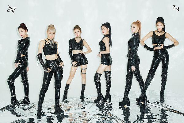 Tags: K-Pop, Everglow, Kim Sihyeon, Wang Yiren, Onda, Mia, Aisha, E:U, Group
