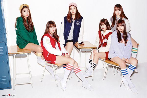 Tags: K-Pop, G-friend, Eunha, Umji, Yuju, Sowon, Jung Yerin, SinB, Table, Light Background, White Background, Full Group