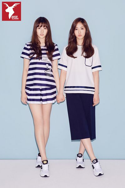 Tags: K-Pop, G-friend, SinB, Jung Yerin, Striped, Shorts, Blue Background, Simple Background, Blue Skirt, Skirt, Full Body, Two Girls