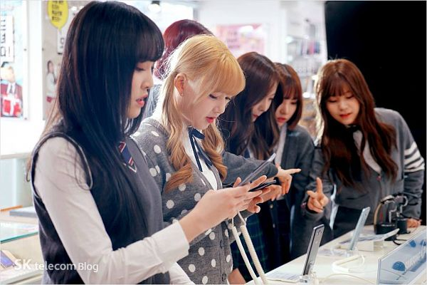 Tags: K-Pop, G-friend, Sowon, Jung Yerin, SinB, Eunha, Umji, Yuju, Full Group, SK Telecom