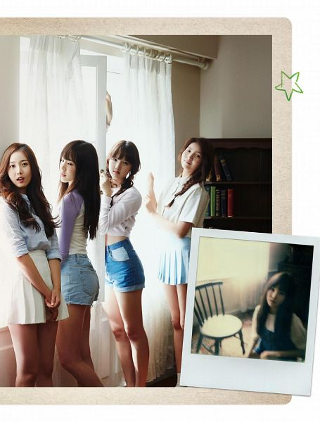 Tags: K-Pop, G-friend, SinB, Sowon, Yuju, Jung Yerin, Skirt, Window, Denim Shorts, Four Girls, Braids, Chair