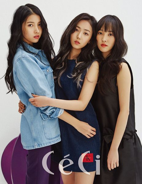 Tags: K-Pop, G-friend, Yuju, SinB, Sowon, Black Outfit, Sleeveless Dress, Purple Pants, Sleeveless, Blue Outfit, Light Background, Three Girls