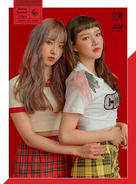 Tags: K-Pop, G-friend, Jung Yerin, SinB, Red Background, Two Girls, Hand On Hip, Duo, Make Up, Plaided Print, Serious, Sunny Summer