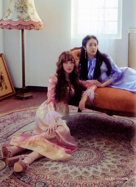 Tags: K-Pop, G-friend, SinB, Jung Yerin, Blue Dress, Two Girls, Laying On Sofa, High Heels, Blue Outfit, Carpet, Duo, Lamp
