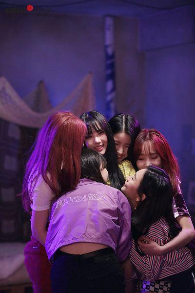 Tags: K-Pop, G-friend, Eunha, Umji, Yuju, Sowon, Jung Yerin, SinB