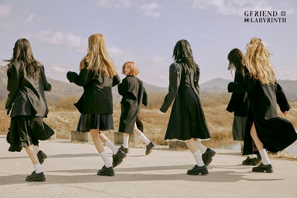 Tags: K-Pop, G-friend, Sowon, Jung Yerin, SinB, Eunha, Umji, Yuju, Black Jacket, Sky, Black Dress, Black Outerwear