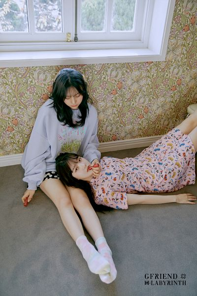 Tags: K-Pop, G-friend, Umji, Jung Yerin, Duo, Serious, Window, From Above, Pink Outfit, Socks, Two Girls, Pink Dress