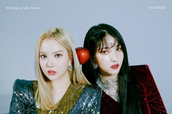 Tags: K-Pop, G-friend, Sowon, Eunha, Red Outfit, Apple, Duo, Gray Background, Serious, Red Dress, Fruits, Two Girls