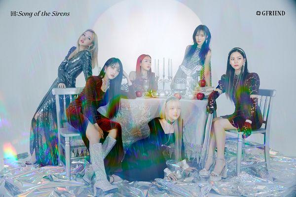 Tags: K-Pop, G-friend, SinB, Eunha, Umji, Yuju, Sowon, Jung Yerin, Chair, Serious, Apple, Table