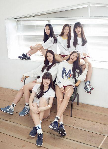 Tags: K-Pop, G-friend, Jung Yerin, SinB, Eunha, Umji, Yuju, Sowon, Red Shorts, Shorts, Season of Glass