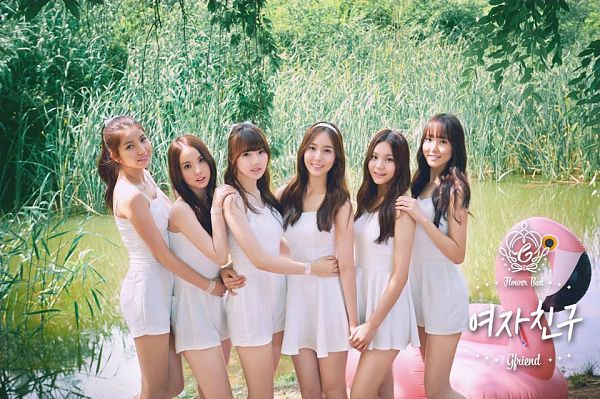 Tags: K-Pop, G-friend, Jung Yerin, SinB, Eunha, Umji, Yuju, Sowon, White Dress, Full Group, Hug, Holding Close