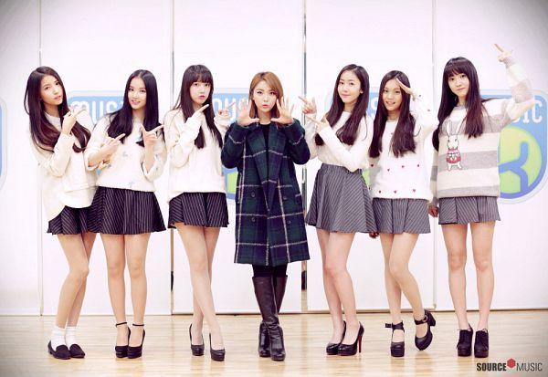 Tags: K-Pop, G-friend, Hong Jin-young, SinB, Eunha, Umji, Yuju, Sowon, Jung Yerin, Skirt, Gray Skirt, Crossed Legs (Standing)