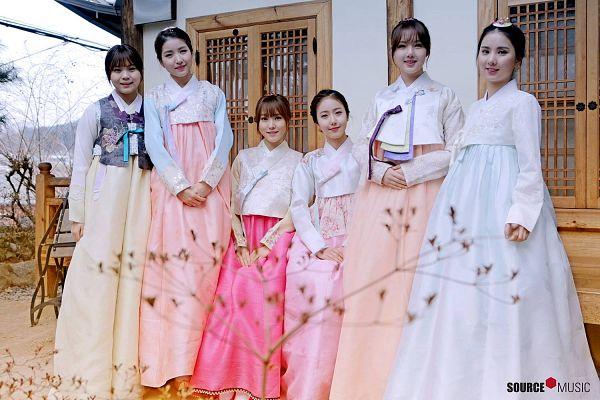 Tags: K-Pop, G-friend, SinB, Eunha, Umji, Yuju, Sowon, Jung Yerin, Traditional Clothes, Korean Clothes, Hanbok, Full Group