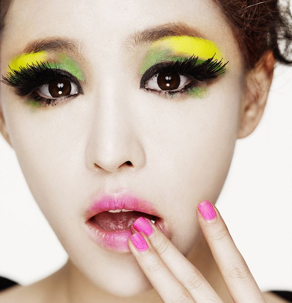 Tags: K-Pop, Brown Eyed Girls, Ga-In, Light Background, Nail Polish, White Background, Make Up, Eyeshadow, Hair Up