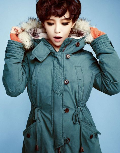 Tags: K-Pop, Brown Eyed Girls, Ga-In, Eyeshadow, Make Up, Blue Outerwear, Blue Background, Blue Jacket, Eyes Closed