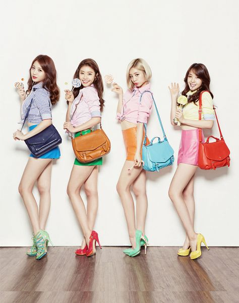 Tags: K-Pop, Girls' Day, Yura, Park Sojin, Lee Hyeri, Bang Minah, Four Girls, Red Footwear, Green Footwear, Lollipop, Yellow Shirt, Candy