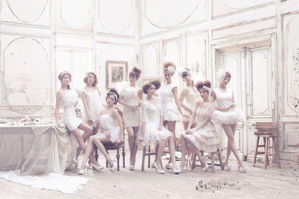 Tags: K-Pop, Girls' Generation, Sooyoung, Stephanie Young Hwang, Seohyun, Sunny, Im Yoona, Jessica Jung, Kwon Yuri, Kim Tae-yeon, Kim Hyo-yeon, Girls' Generation: First Japan Album